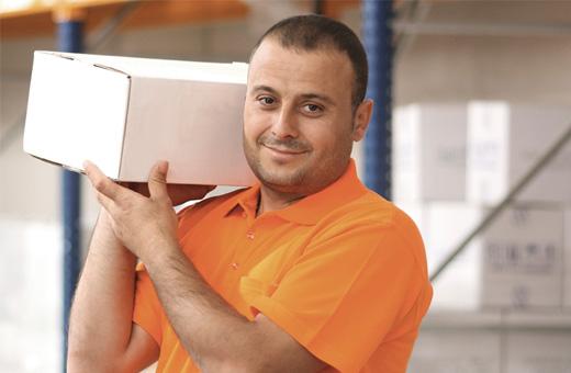 Logistik Lagermitarbeiter